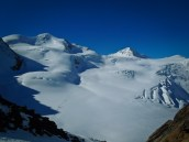 Wildspitze to the left, Brochkogel to the right...