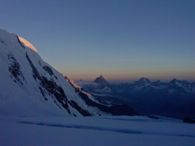 what a beautiful morning! Matterhorn in the back...