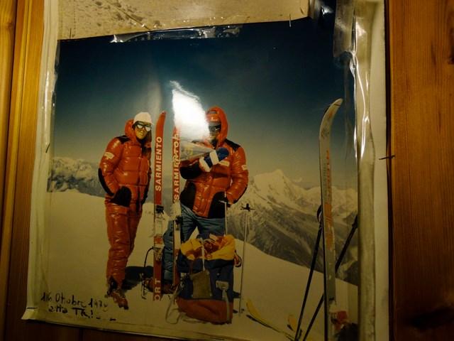Bo Fausta mit Begleitung im Himalayagebirge...