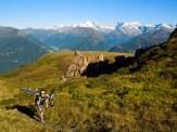 und wieder mal das Bike den Berg hoch tragen...