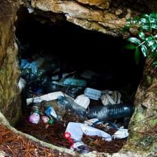 Müll - überall :-( Versteh ich nicht warum die Leute ihren Müll nicht wieder mitnehmen und entsorgen können.