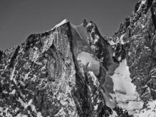 Blanche de Peuterey 4112m, North Face, 50°/250m, Ski: 5.3, Alpine: D- First skied in 1977!