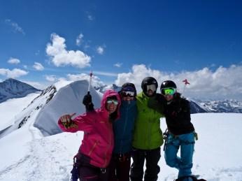 Happy faces: Mel, Pia, Michi, Dani :-)