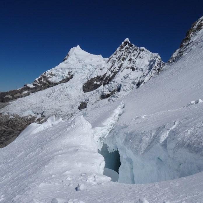 Riesige Gletscherspalten...